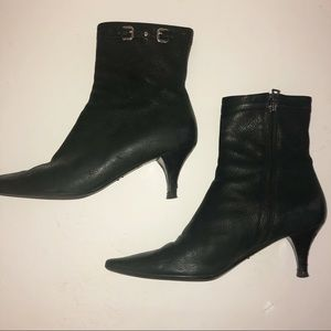 Prada leather zip ankle boots Size 40.5